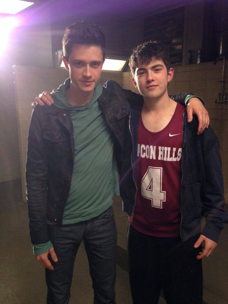 Michael Fjordbak played Peter Hale(young version) and Ian Nelson played Derek Hale(young version) on Teen Wolf season 4 episode 2
