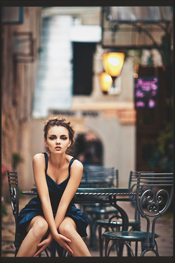 Few things compare to exploring new cities, wandering all day, your own best company. Anonymous, curious, filling your senses.