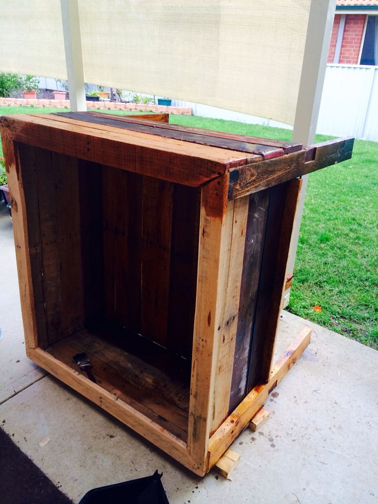 Oiling garden bed with sump oil
