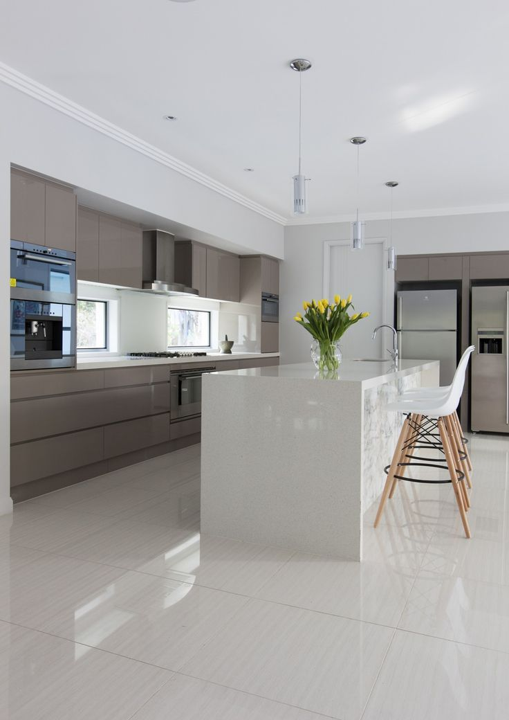 http://www.galahomes.com.au/project-gallery/custom-homes/ashgrove-brisbane-qld