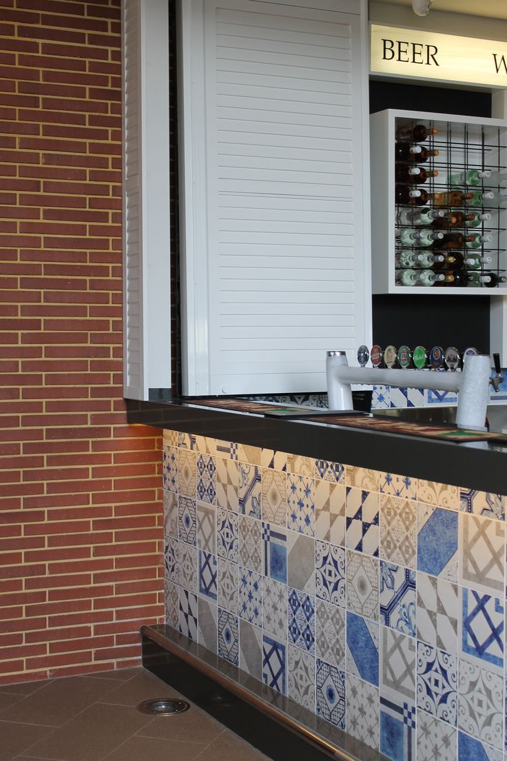 @unicabytarget Maiolica mix. The new Ashby Bar & Bistro by Oldfield Knott Architects