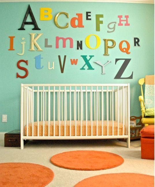Bokstäver, fin väggdekoration