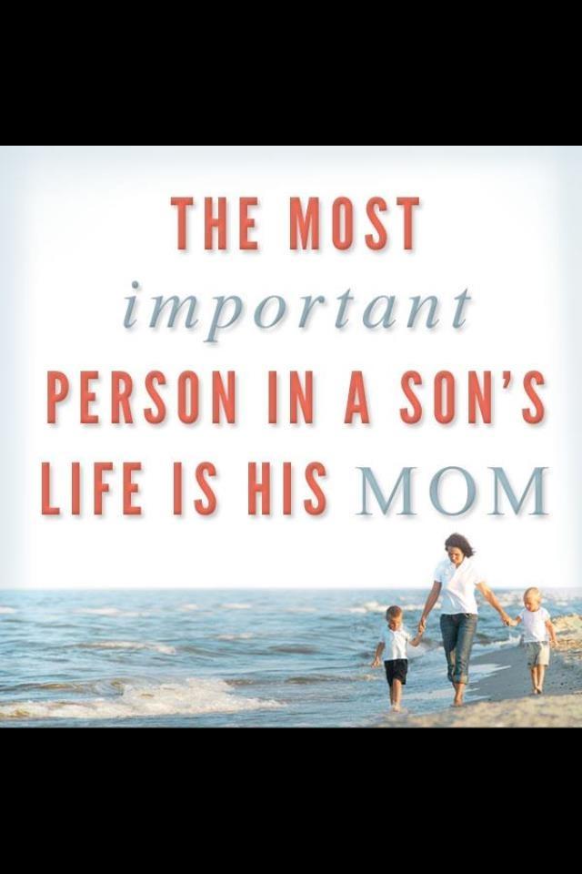 Son love mom ass