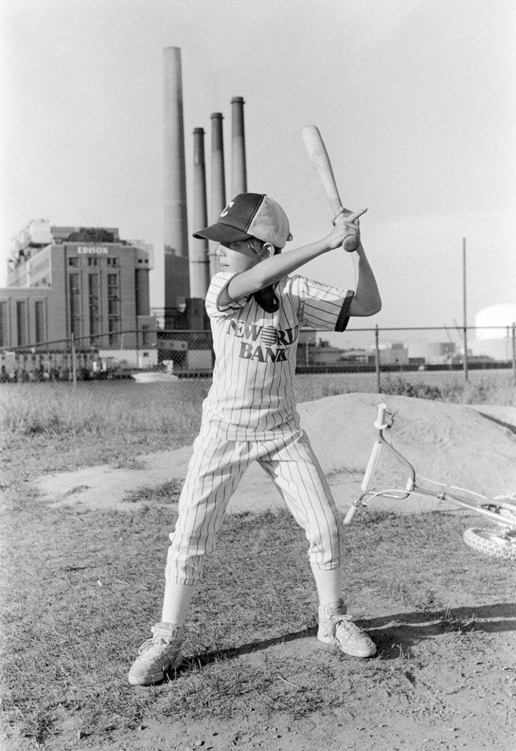 http://www.vice.com/fr/read/les-petits-bonhommes-du-baseball-des-annees-1980
