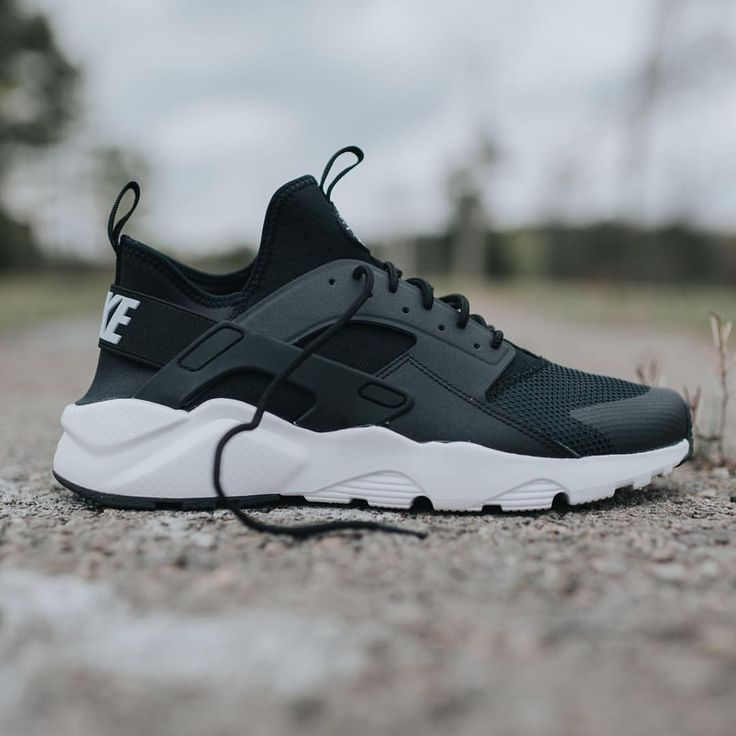 c36b203943abb wholesale nike huarache black with white sole f7092 399ea