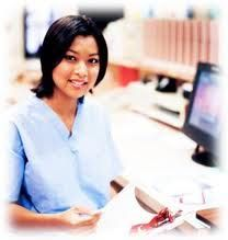 Pros and Cons of a Medical Assistant Online Degree