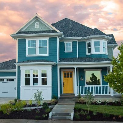 blue house with yellow door exterior paint colors for on exterior home paint ideas pictures id=41711