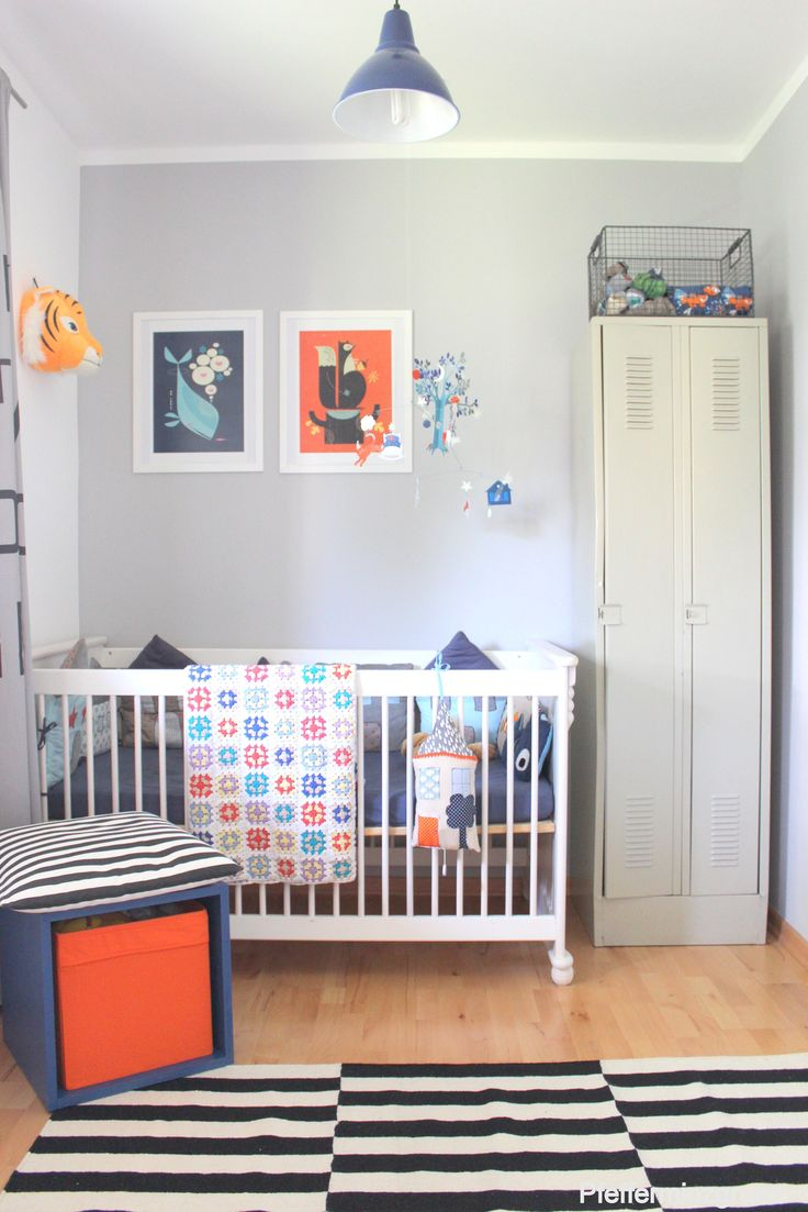 372 best ❝ SMALL SPACE ❞ NurSEry images on Pinterest   Baby room ...
