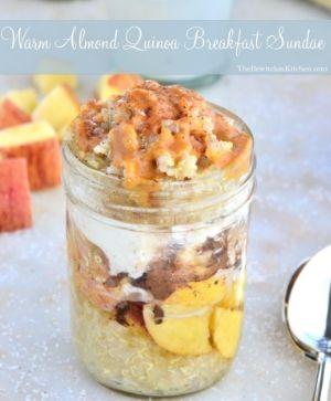Warm Almond Quinoa Breakfast Sundae #QuinoaRecipes
