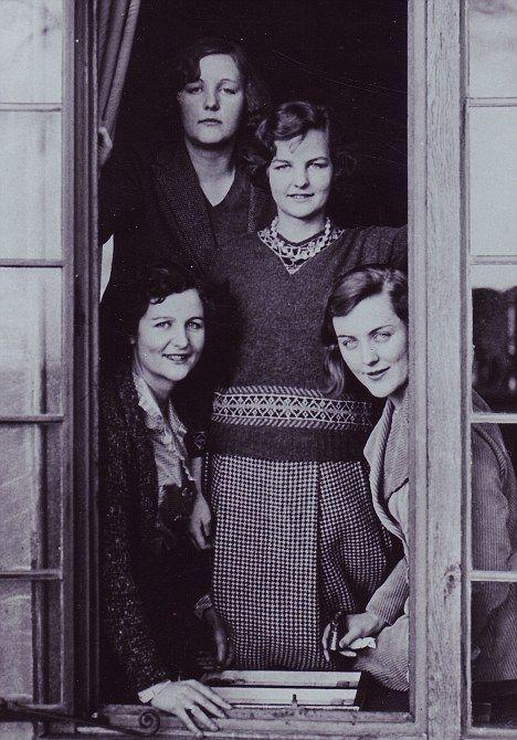 Unity, Jessica, Nancy & Diana Mitford