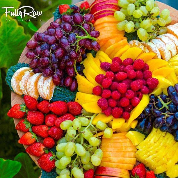 Fully raw fruit platters