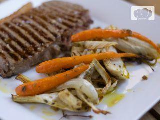 Hinojo asado al horno y zanahoria especiada. Receta
