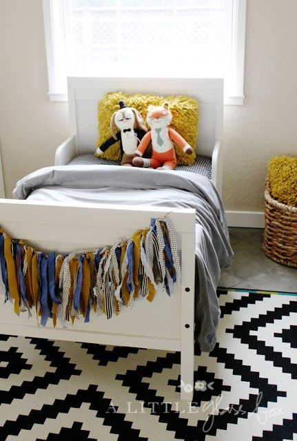 25 best ideas about ikea twin bed on pinterest ikea childrens beds bunk beds for boys and. Black Bedroom Furniture Sets. Home Design Ideas
