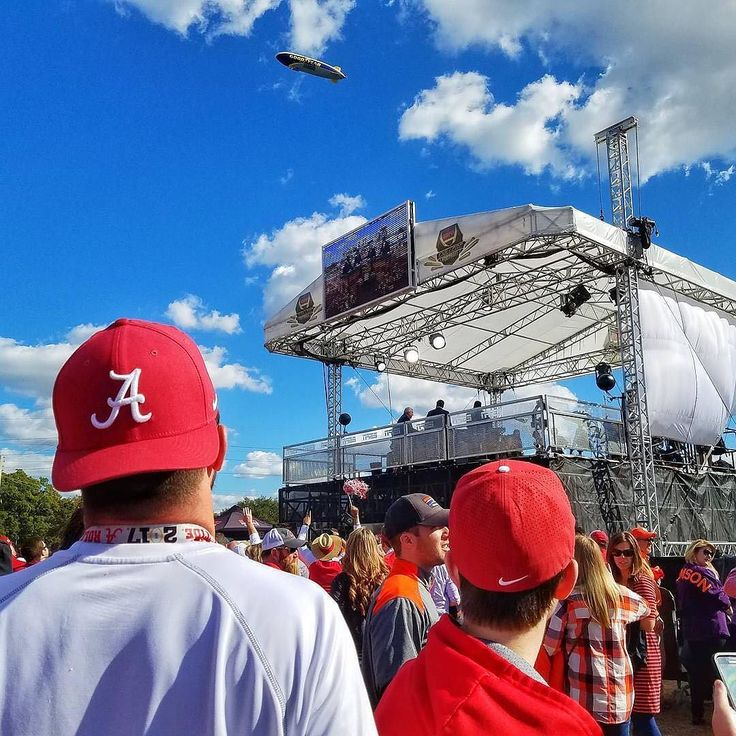 #Alabama #Crimson#Tide waiting to hear who are expected to win at College Gameday! Thanks @therealjorgev!  #SuperTailgate #tailgate #tailgating #win #letsgo #gameday #travel #adventure #stadium #party #sport #ESPN #jersey #sports #league #SportsNews #score #photooftheday #love #football #NCAAF #CollegeFootball