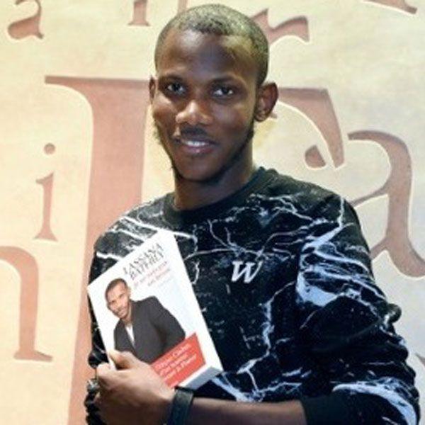 FRANCE :: Un an après l'Hyper Cacher, la nouvelle vie de Lassana, sans-papiers devenu « héros » - Camer.be