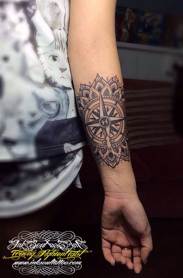Mandala and Compass...!!! www.inksoultattoo.com www.facebook/welovetats