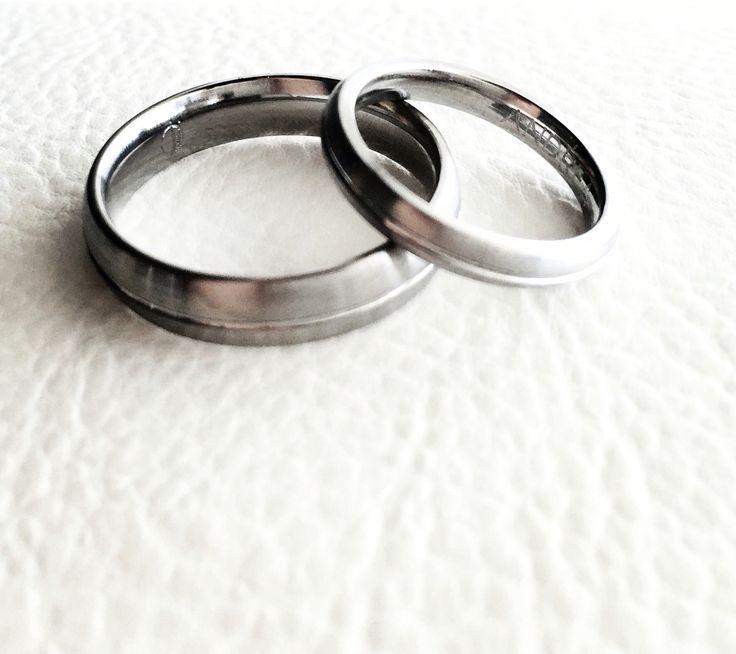 Titanium wedding rings + central turning