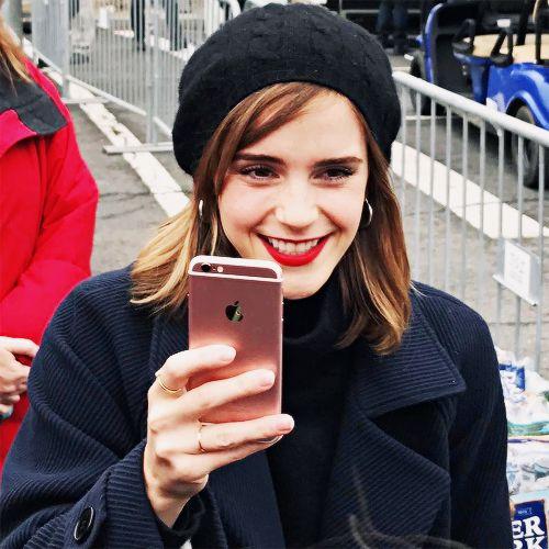 """ Emma Watson at the Women's March in Washington, DC (January 21, 2017) """