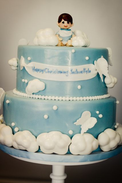Cloud Themed Cakes This Angel And Cloud Themed Christening Cake It Is Just So Dreamy 1st