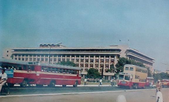 Delhi double decker bus
