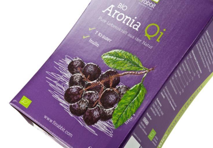 #Verkaufsverpackung für Bio-Fruchtsaft • Hochwertige Verkaufsverpackung für 3 Liter Bio-Saft, die am #POS auffällt. • Partieller #nobleprint® - Druck hebt die Früchte auf der Verpackung besonders haptisch hervor • #Offsetkaschiert • #T4P, #Getränkeverpackungen