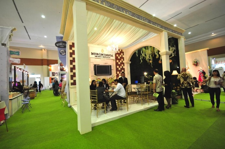 Guests are visiting #InterContinental Booth - #wedding #exhibition #JCC on 22-24 Feb 2013