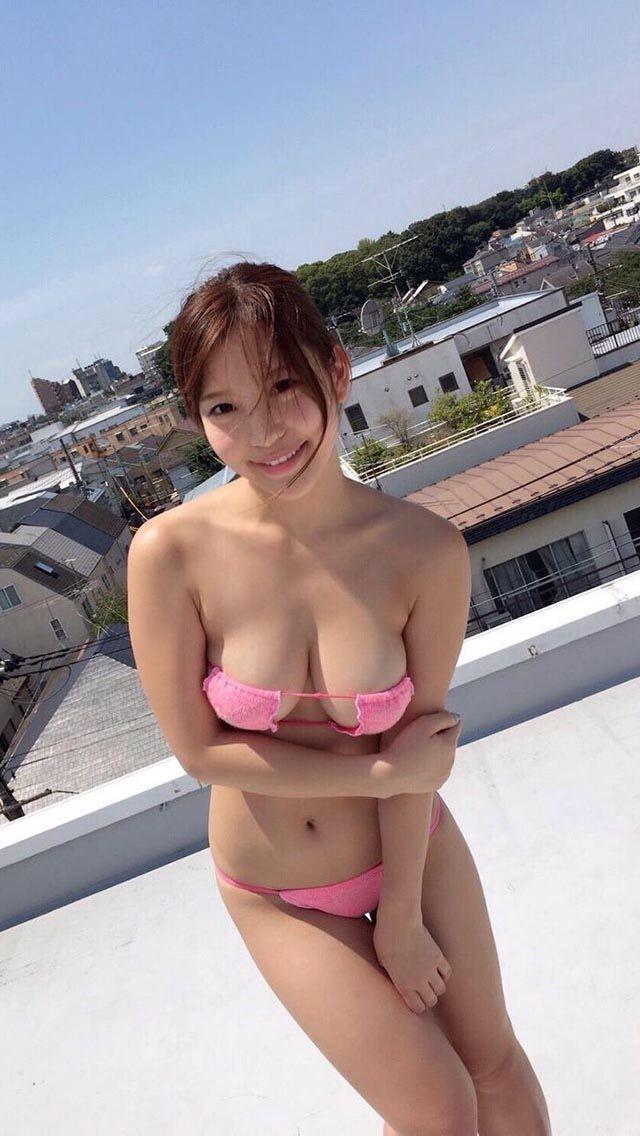 Sexy ebony pussy spread