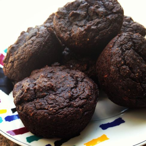 THM (S) Chocolate muffins made with avocado and coconut flour (sub out honey)