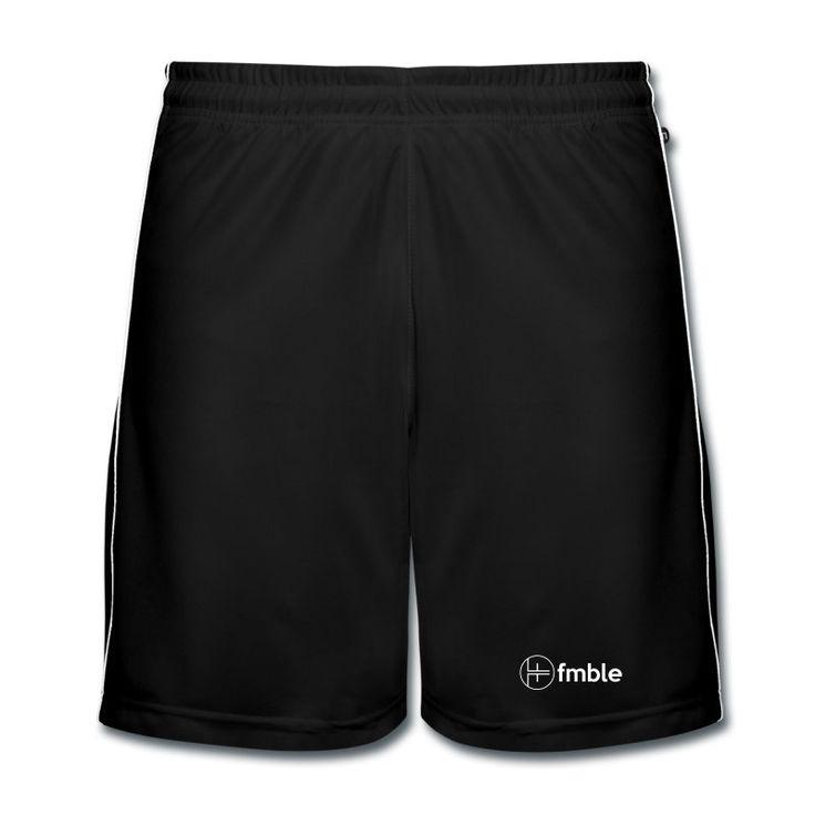 fmble Sporthose, kurz - Urban Sports & Athleticwear by fmble Athleisure.  #shorts #sporthose #fmble #fmblewear #footballfashion #fanwear #ranNFL #ranNFLsuechtig #sportswear #athleisure