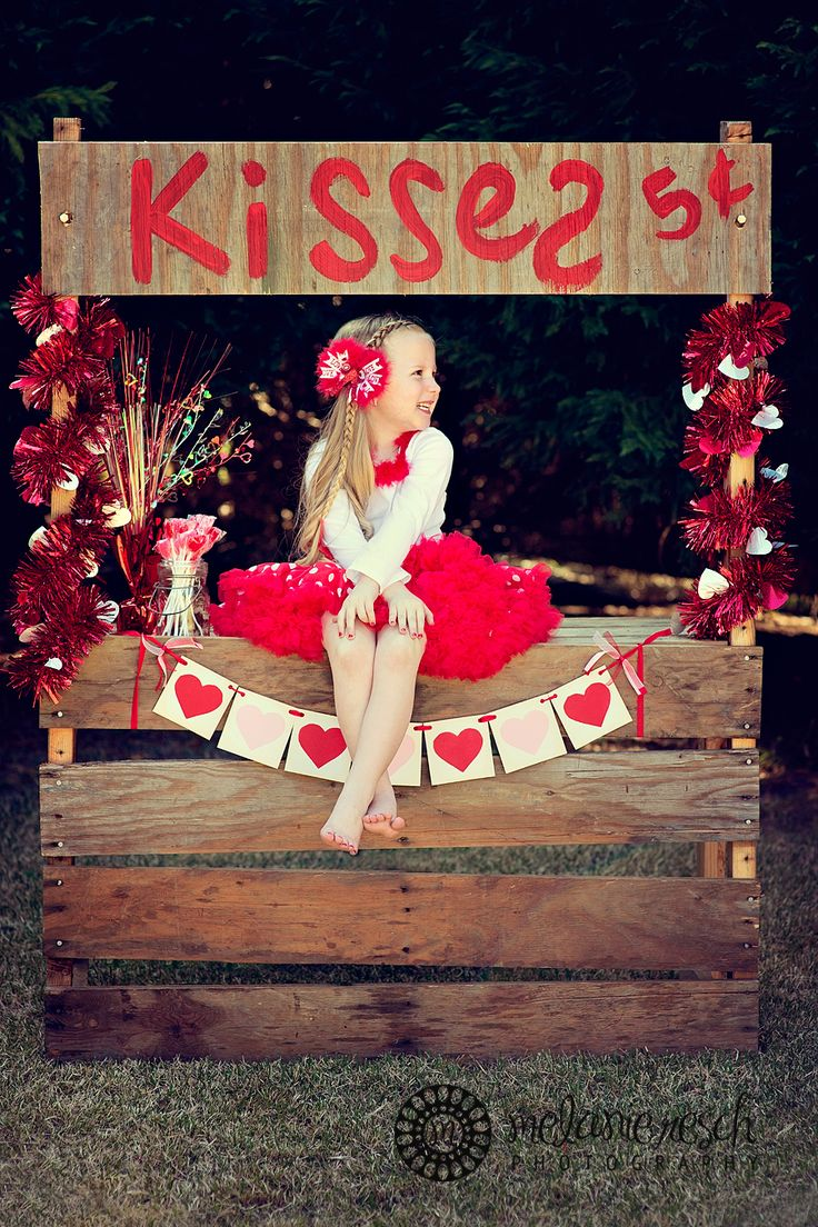 Kissing Booth- just got my idea for next valentines! Make a service project in daytime, where we take the kids to the retirement community and let them love on the residents and take photos with them! How much would the kids and the seniors LOVE that?!?!? Then at night, a shin dig with their pals!