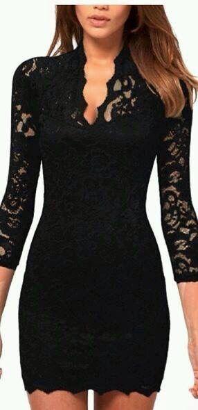 ¿Qué me pongo para un evento de noche? Un vestido corto de encaje negro con mangas. Tacones color nude y un clutch. aspeqtto.com