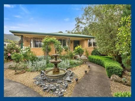 32 Godfrey Road, Claremont