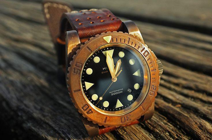 Helson shark bronze