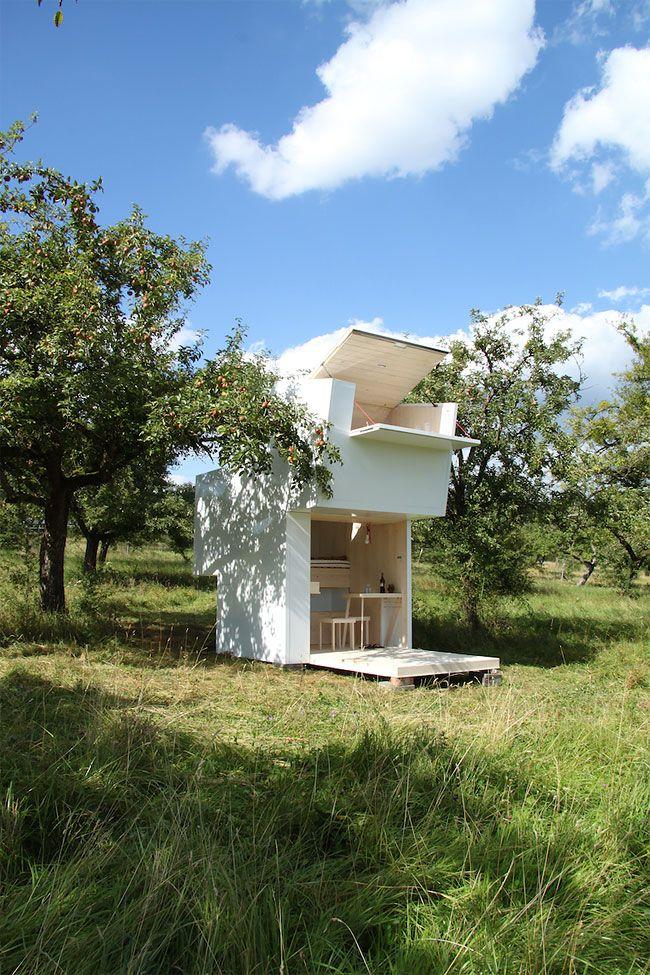 Studio Allergutendinge\u0027s Soul Box is a Portable Retreat for
