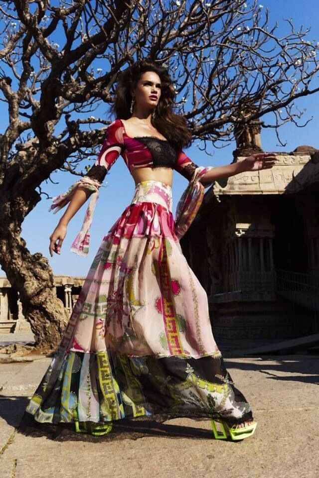 lovely lehenga #lehenga #choli #indian #hp #shaadi #bridal #fashion #style #desi #designer #blouse #wedding #gorgeous #beautiful