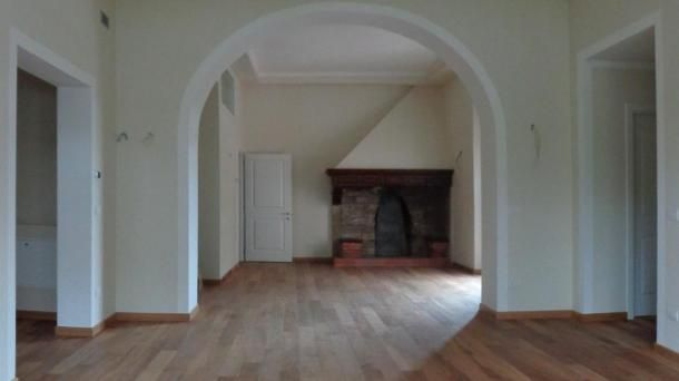 Vendita appartamenti completamente ristrutturati a Pisa, zona Barbaricina. Per info e appuntamenti Diego 050/771080 - 348/3259137