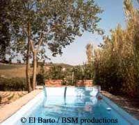 """O título italiano deste filme é """"Io Ballo da Sola"""", que significa algo como """"eu danço sozinho.""""   O filme é ocupado principalmente em e ao redor de uma casa de campo Toscana, 'Podernuovi' chamado, perto do Castello di Brolio. Aqui, aliás, também produziu o primeiro vinho Chianti."""