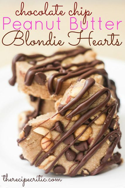 Don't forget to enter in my Kitchenaid Giveaway here!You had me at peanut butter chocolate chip, blondie. And I instantly fell in love. My two favorite combinations in one delicious blondie…