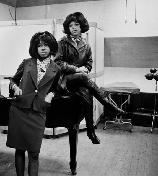 Mary Wilson & Florence Ballard in the studio.