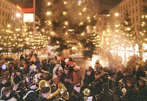 The lighting of the Christmas trees on Torgallmenningen in Bergen in 1996