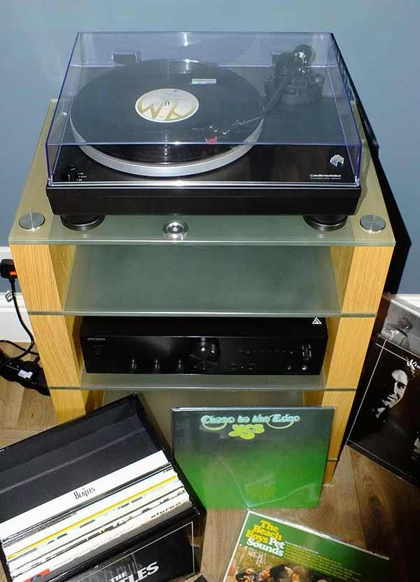 Oak STAX 400 Hifi Stand with an Audio Technica Turntable and Onkyo Amplifier