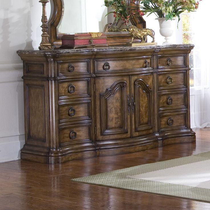 Pulaski Furniture San Mateo 9 Drawer Dresser