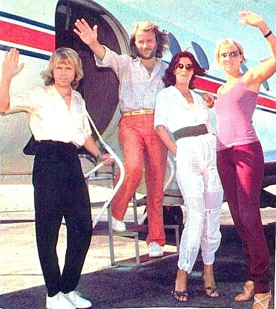 In the 10 years ABBA were together they jetsetted all over the world. Agnetha never really liked flying and she and Bjorn tried, if possible, not to fly together for the sake of their children. In early October 1979 ABBA boarded a plane from New York City to Boston; weather was bad and the plane got caught in the middle of a storm and was tossed around badly.This was too much for Agnetha who still performed that night but had to spend two days in bed because of high fever caused by the…
