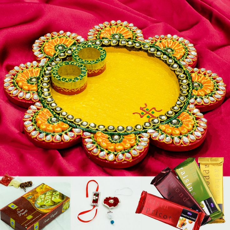 22 best images about puja thalis on pinterest for Aarti thali decoration with clay