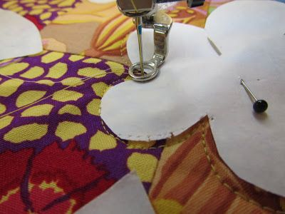 Free motion Machine Quilting using Freezer Paper Shapes. Complete tutorial