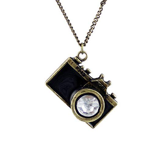 Item Description - Pendant Size: 3.2*2.3cm - Necklace Type: Pendant Necklaces - Material: Rhinestone - Chain Type: Link Chain - Length: 75.5+9cm - Metals Type: Zinc Alloy - Shape\pattern: Lock - Gem c