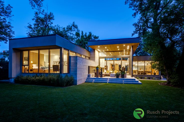 contemporary Luxury home. #luxuryhome #contemporarydesign  A luxury home with large overhangs, lots of windows, open floorplan. high ceilings.