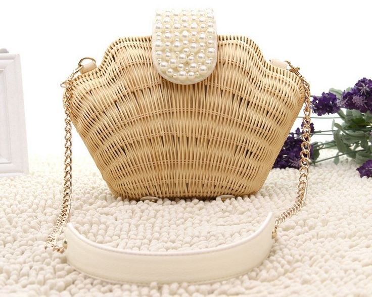 """- Material:Straw Pattern, Satin lined interior - Size:15*12*19cm - Strap: 120cm/48"""" - Handling time : 7-10 work days - Shipping Time:5 work days"""