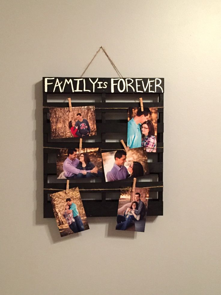 Family is Forever Photo Display/ Family Picture Pallet/ Family Picture Board Picture Holder/ Picture Pallet/ Wood Pallet/ Picture Display 40.00 USD