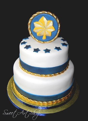 Cake for promotion party...except with 1Lt rank and not Major....((Military Promotion by Sweet Art Shop {Gaby}, via Flickr))  Take the oak leaf off and put the Navy emblem on and then chief anchors around the side.